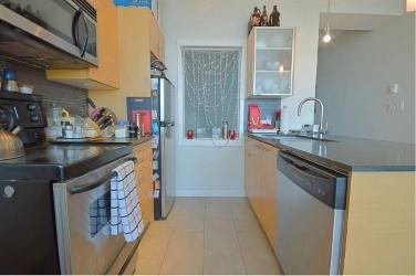 Condo Apartment at 2103 13399 104 AVENUE, Unit 2103, North Surrey, British Columbia. Image 8