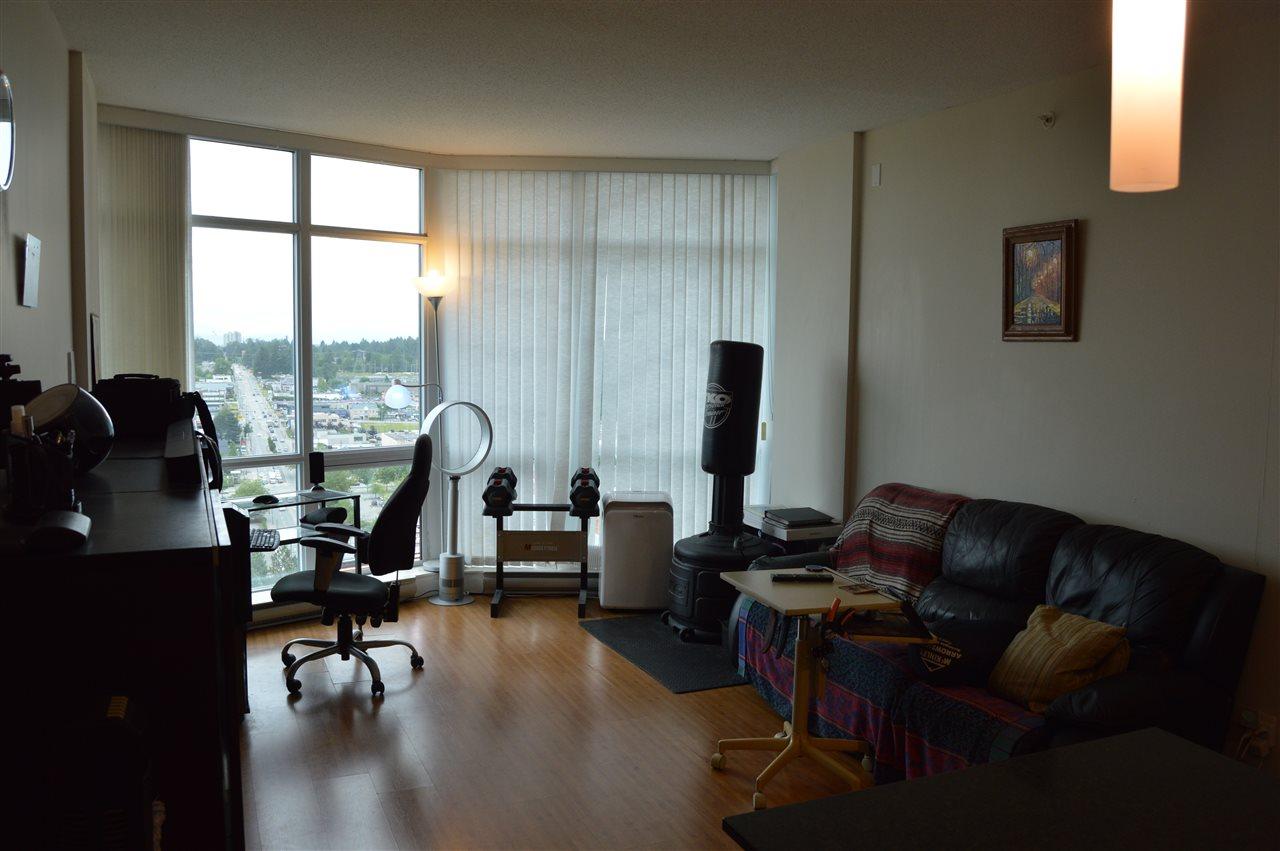 Condo Apartment at 2103 13399 104 AVENUE, Unit 2103, North Surrey, British Columbia. Image 10