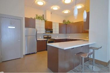 Condo Apartment at 2103 13399 104 AVENUE, Unit 2103, North Surrey, British Columbia. Image 14