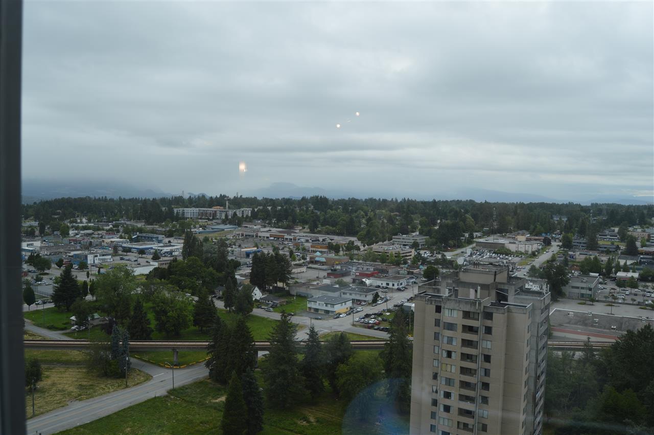 Condo Apartment at 2103 13399 104 AVENUE, Unit 2103, North Surrey, British Columbia. Image 18