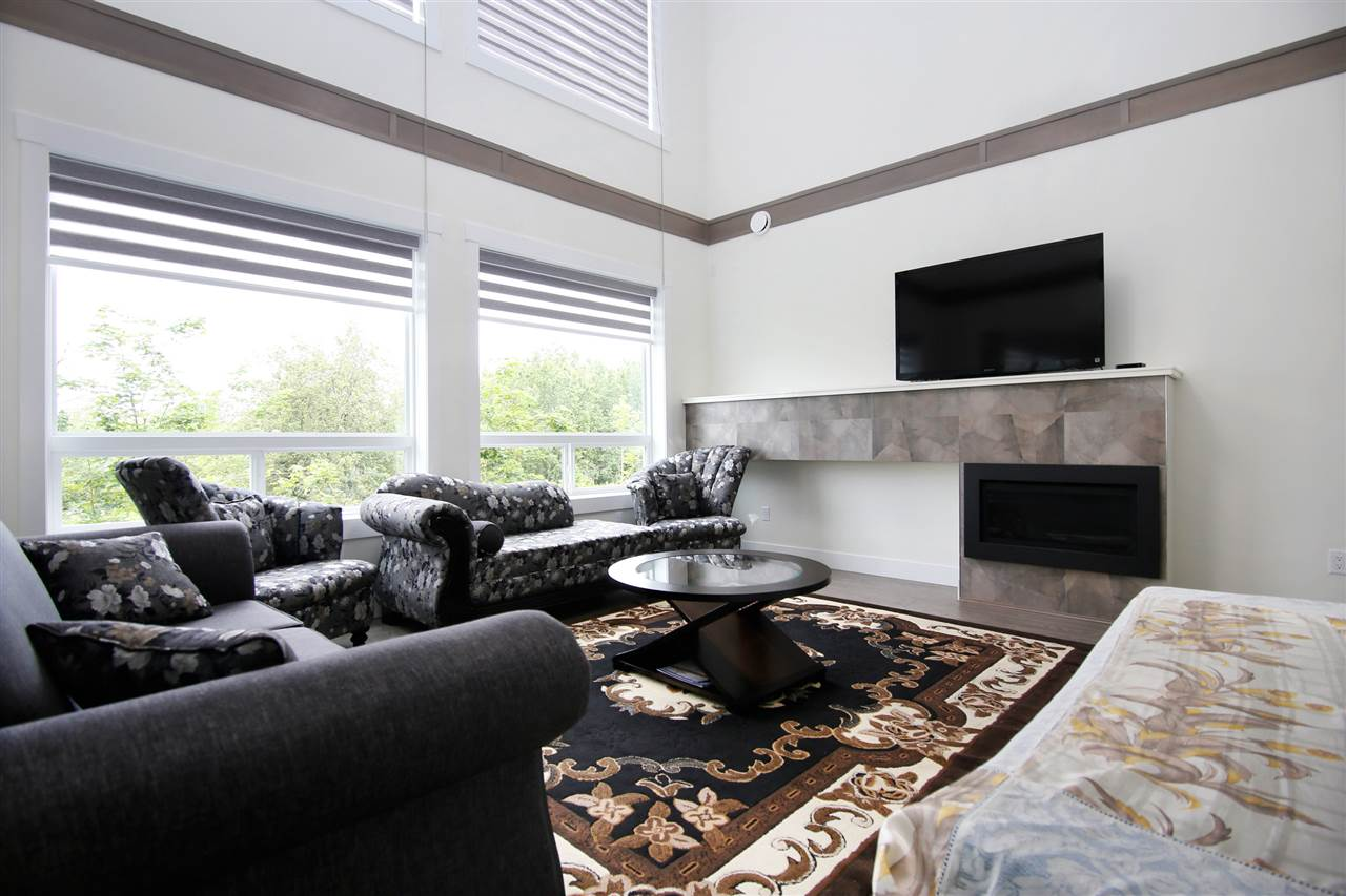 Detached at 3491 HAZELWOOD PLACE, Abbotsford, British Columbia. Image 3