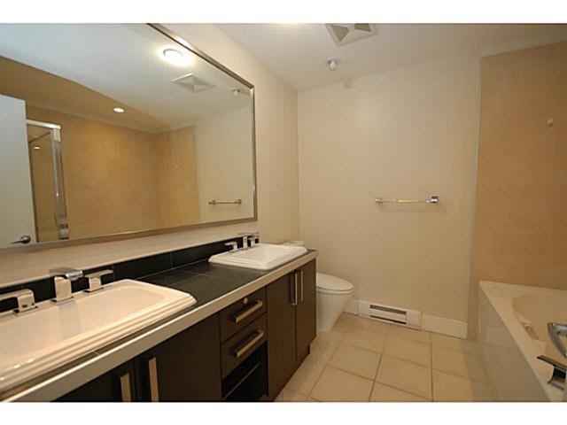 Condo Apartment at 319 5777 BIRNEY AVENUE, Unit 319, Vancouver West, British Columbia. Image 7