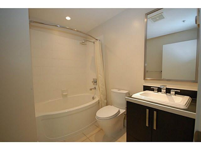 Condo Apartment at 319 5777 BIRNEY AVENUE, Unit 319, Vancouver West, British Columbia. Image 10