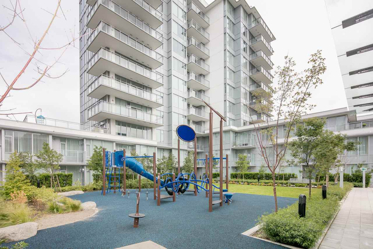 Condo Apartment at 501 8677 CAPSTAN WAY, Unit 501, Richmond, British Columbia. Image 4