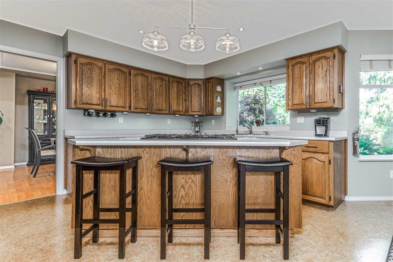 Detached at 13145 22A AVENUE, South Surrey White Rock, British Columbia. Image 7