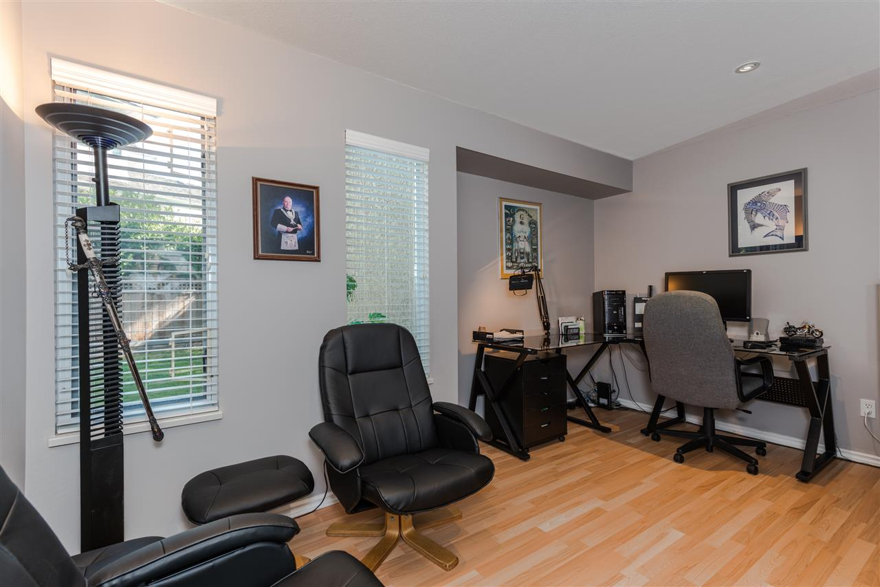 Detached at 13145 22A AVENUE, South Surrey White Rock, British Columbia. Image 10