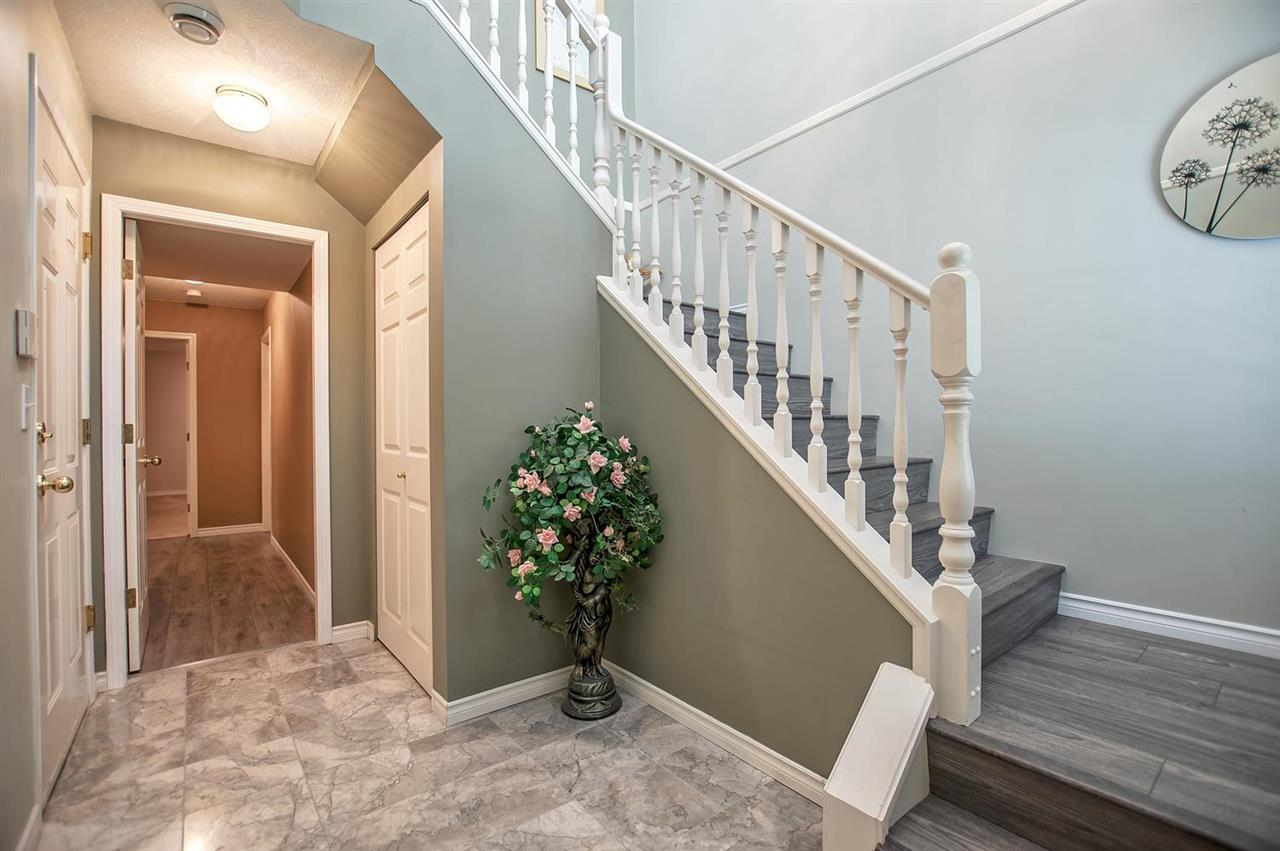 Detached at 1477 GALETTE PLACE, Coquitlam, British Columbia. Image 2