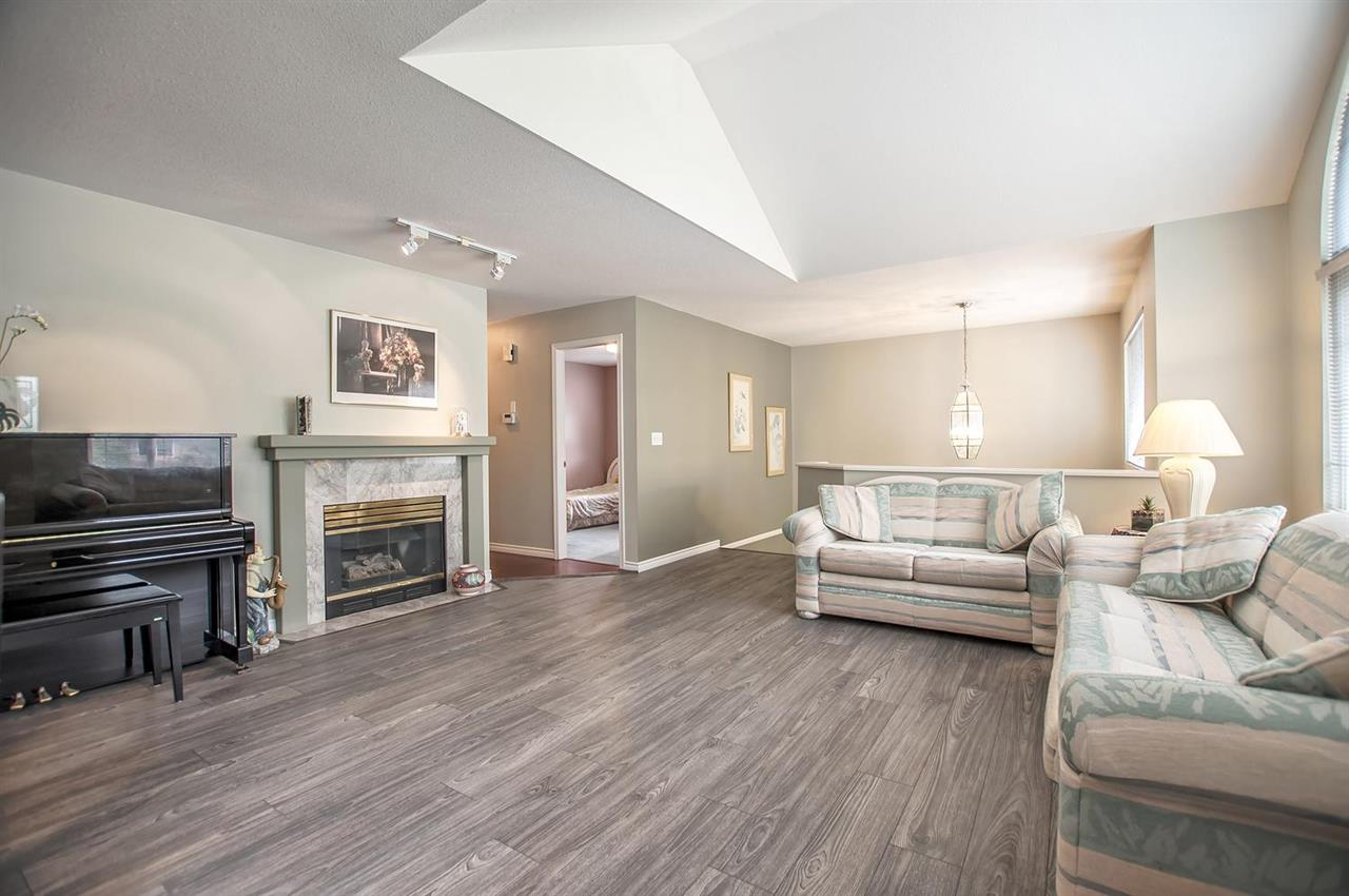 Detached at 1477 GALETTE PLACE, Coquitlam, British Columbia. Image 3
