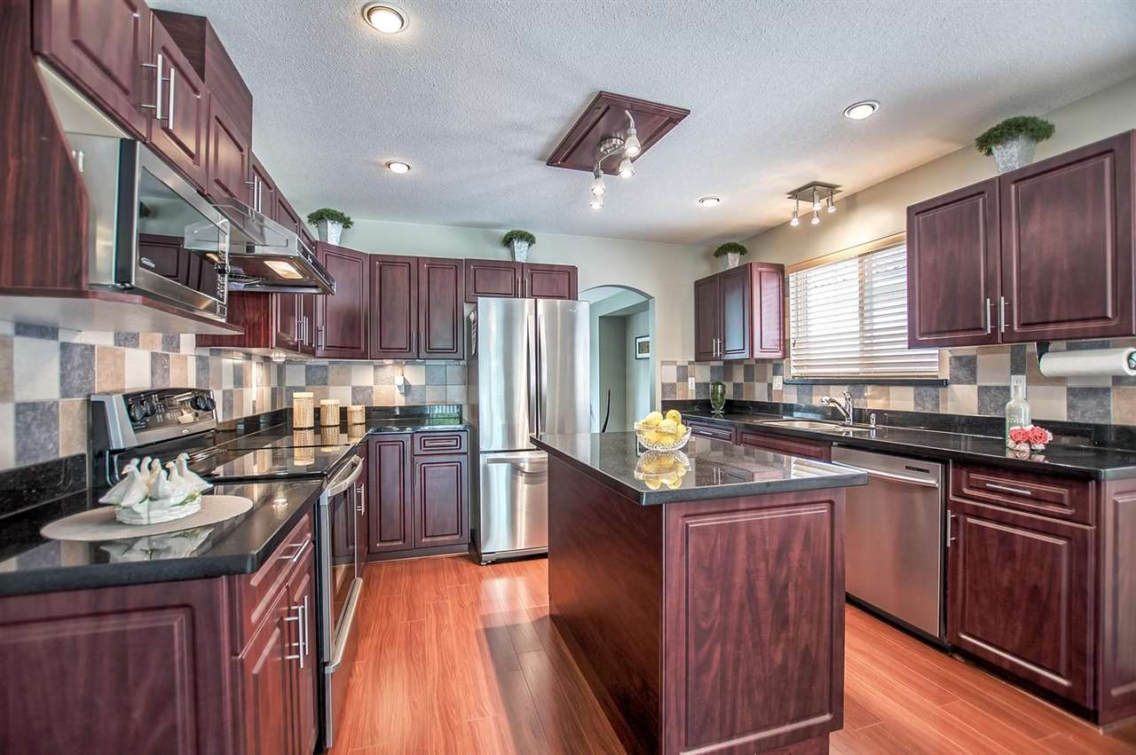 Detached at 1477 GALETTE PLACE, Coquitlam, British Columbia. Image 6