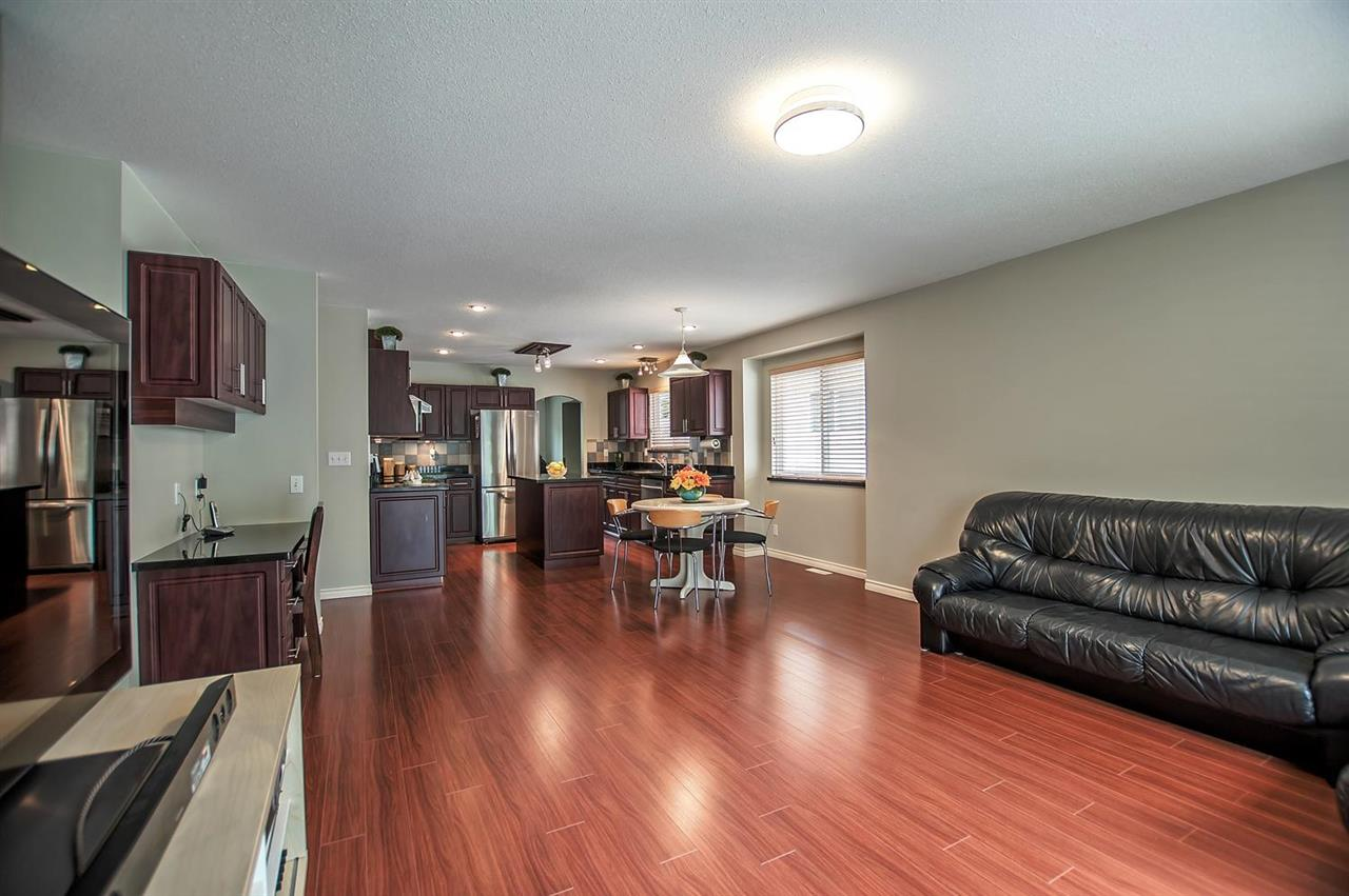 Detached at 1477 GALETTE PLACE, Coquitlam, British Columbia. Image 8