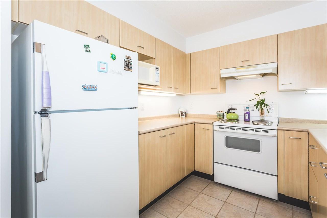 Condo Apartment at 1208 1148 HEFFLEY CRESCENT, Unit 1208, Coquitlam, British Columbia. Image 8