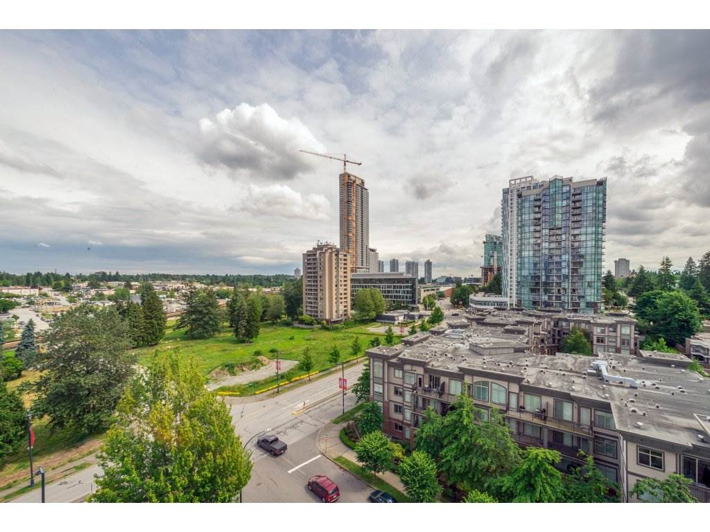 Condo Apartment at 1106 10523 UNIVERSITY DRIVE, Unit 1106, North Surrey, British Columbia. Image 2