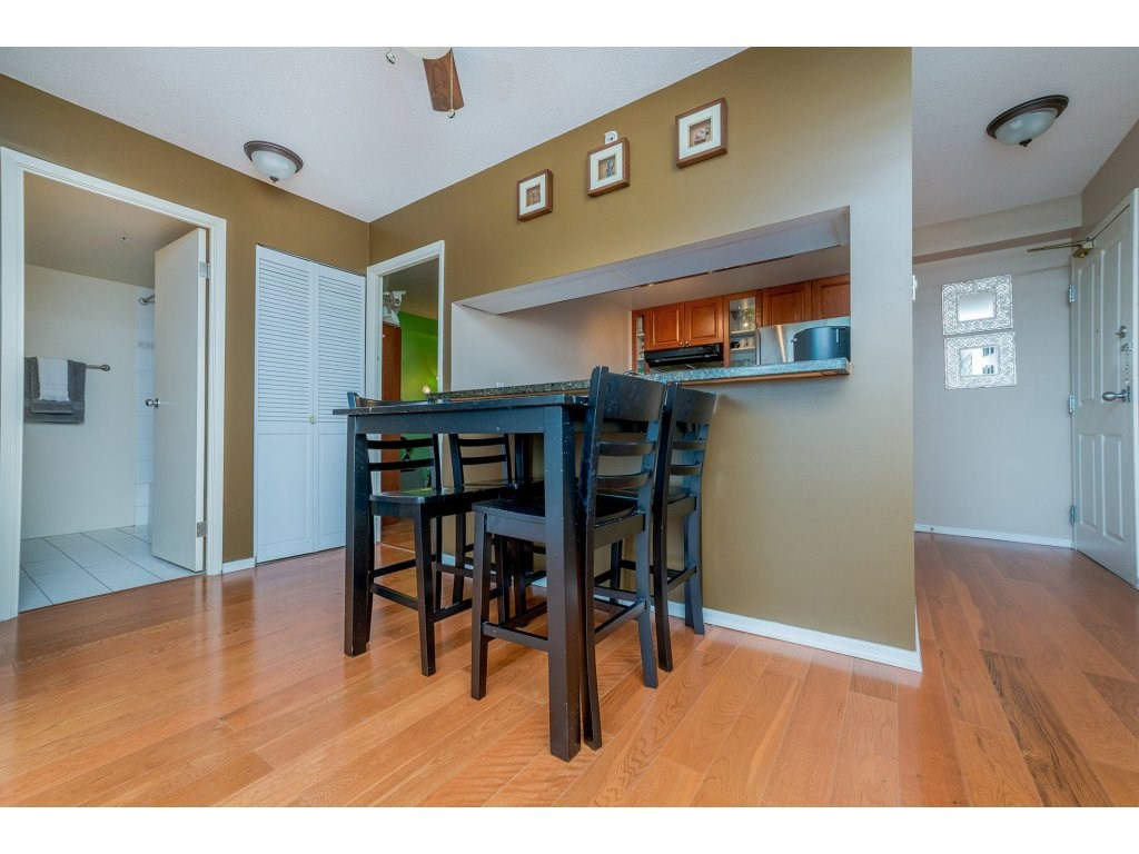 Condo Apartment at 1106 10523 UNIVERSITY DRIVE, Unit 1106, North Surrey, British Columbia. Image 7