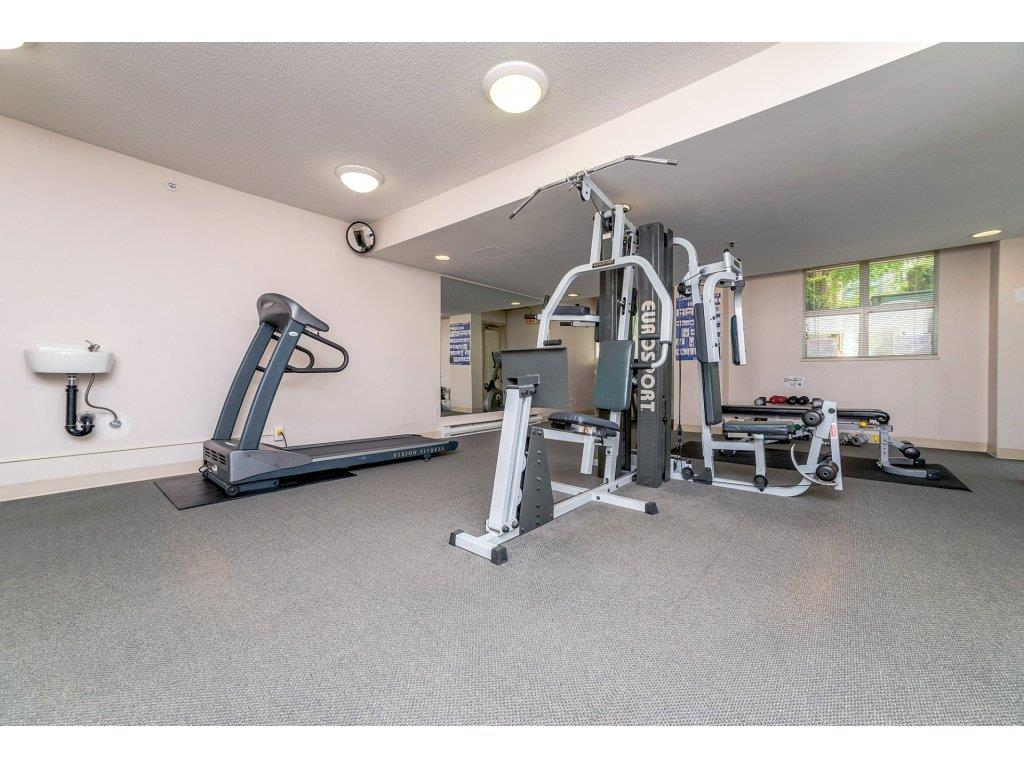 Condo Apartment at 1106 10523 UNIVERSITY DRIVE, Unit 1106, North Surrey, British Columbia. Image 19