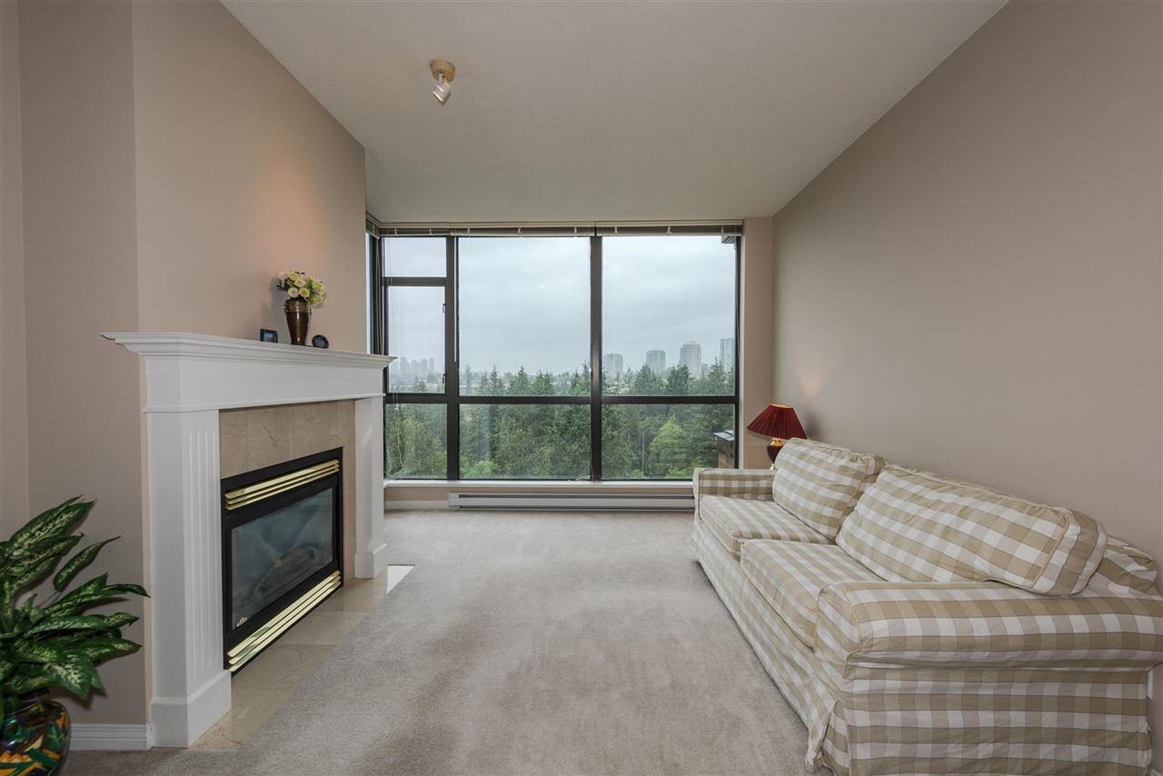 Condo Apartment at 1408 6837 STATION HILL DRIVE, Unit 1408, Burnaby South, British Columbia. Image 2