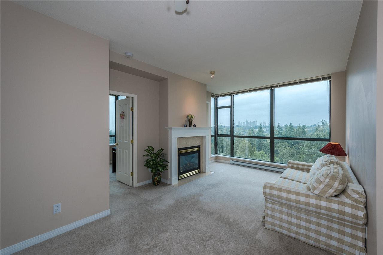 Condo Apartment at 1408 6837 STATION HILL DRIVE, Unit 1408, Burnaby South, British Columbia. Image 3