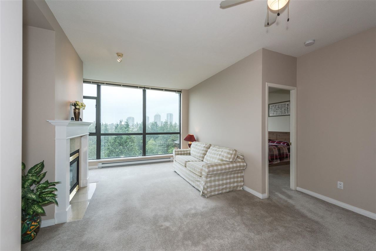 Condo Apartment at 1408 6837 STATION HILL DRIVE, Unit 1408, Burnaby South, British Columbia. Image 4