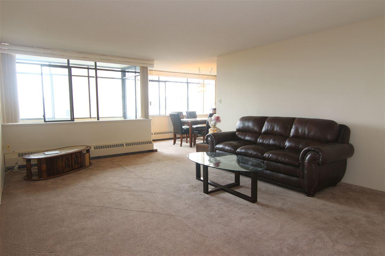 Condo Apartment at 711 6611 MINORU BOULEVARD, Unit 711, Richmond, British Columbia. Image 3