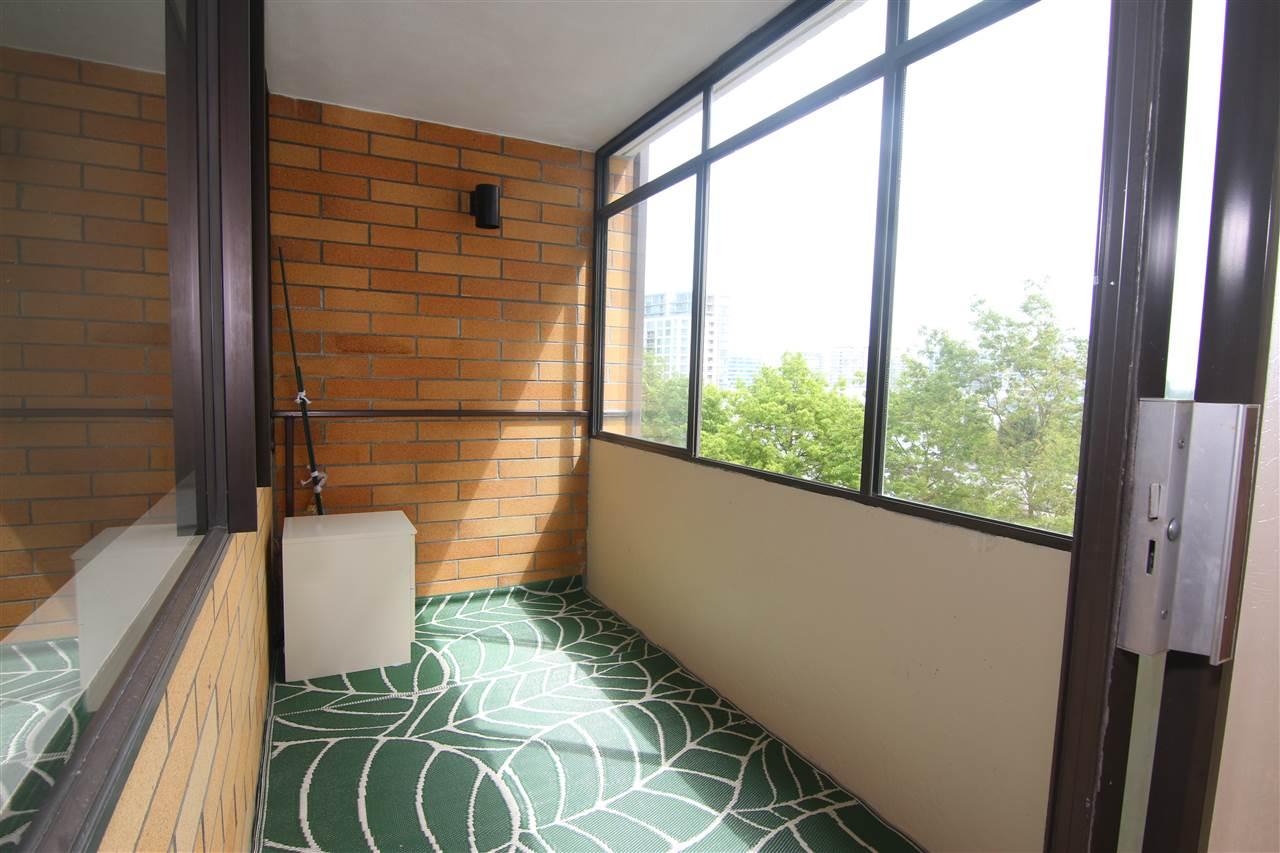Condo Apartment at 711 6611 MINORU BOULEVARD, Unit 711, Richmond, British Columbia. Image 9