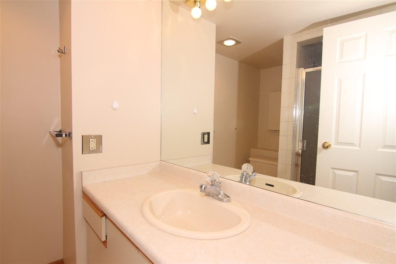 Condo Apartment at 711 6611 MINORU BOULEVARD, Unit 711, Richmond, British Columbia. Image 13