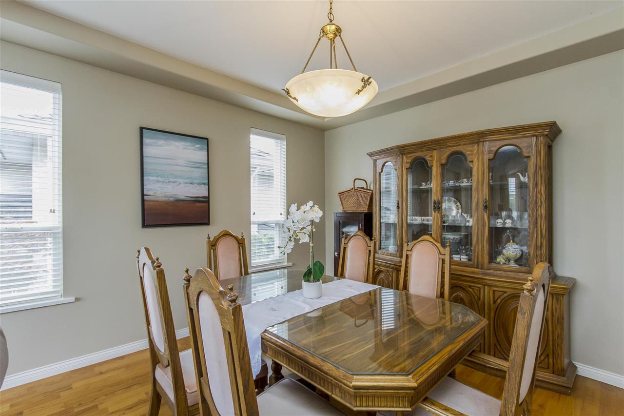 Detached at 5630 SPRUCE STREET, Burnaby South, British Columbia. Image 4
