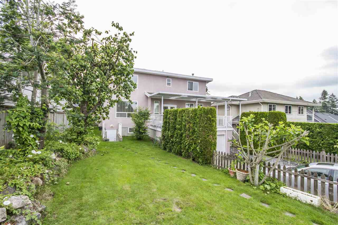 Detached at 5630 SPRUCE STREET, Burnaby South, British Columbia. Image 14
