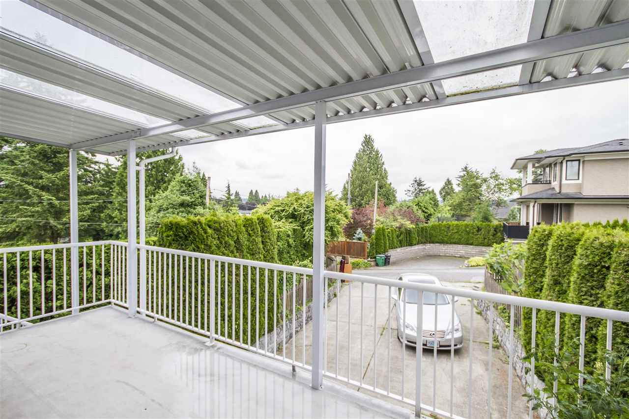 Detached at 5630 SPRUCE STREET, Burnaby South, British Columbia. Image 20