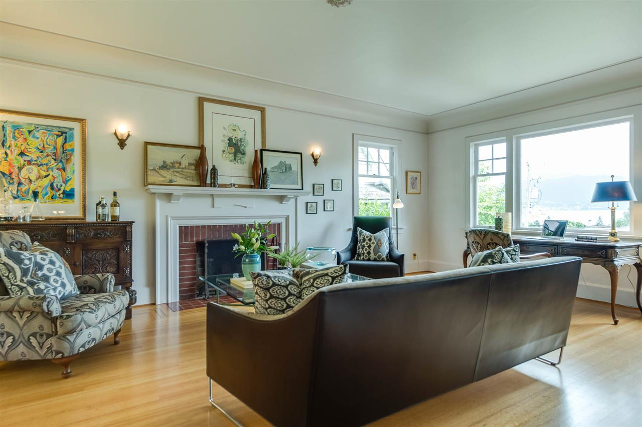 Detached at 4363 LOCARNO CRESCENT, Vancouver West, British Columbia. Image 5
