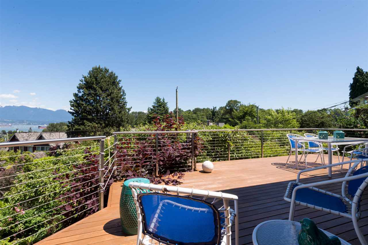 Detached at 4363 LOCARNO CRESCENT, Vancouver West, British Columbia. Image 10