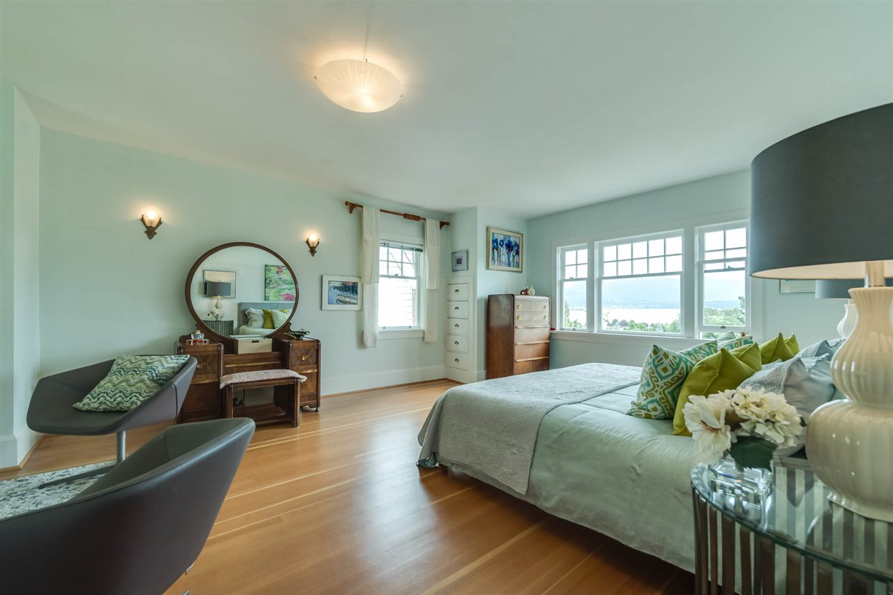 Detached at 4363 LOCARNO CRESCENT, Vancouver West, British Columbia. Image 12