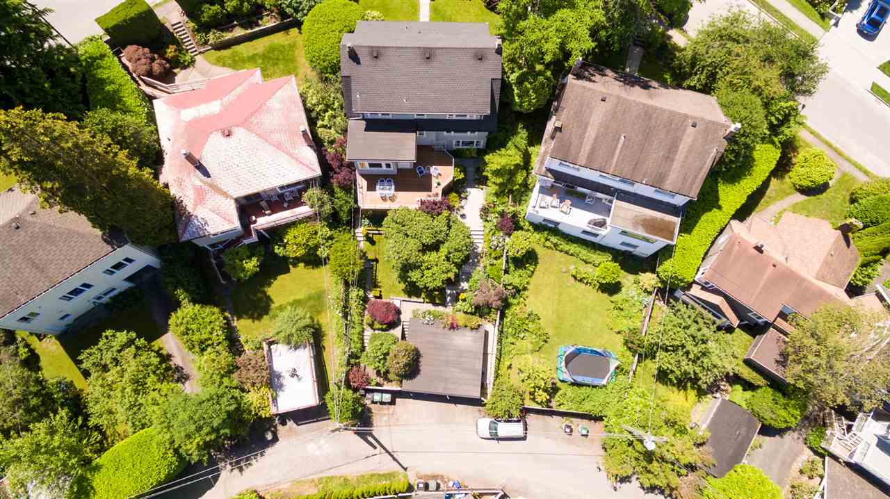 Detached at 4363 LOCARNO CRESCENT, Vancouver West, British Columbia. Image 18