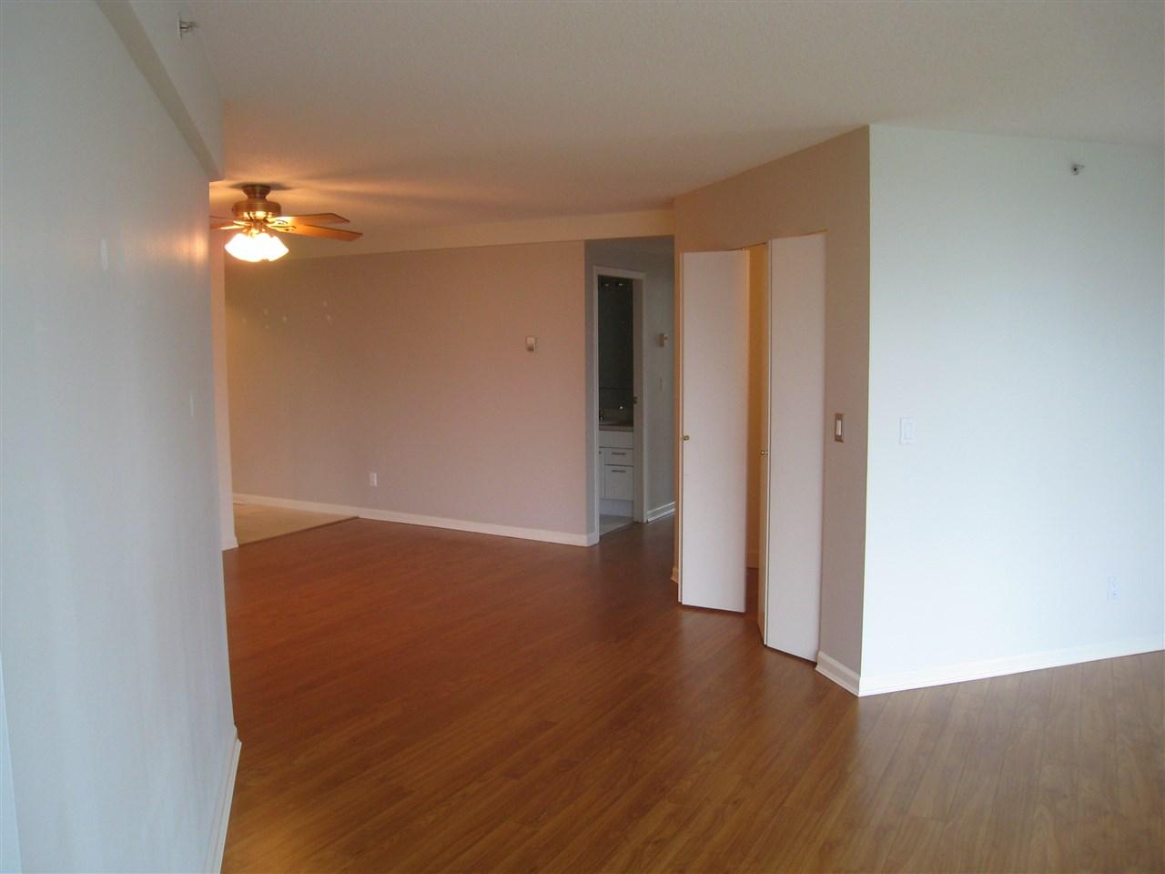 Condo Apartment at 1305 388 DRAKE STREET, Unit 1305, Vancouver West, British Columbia. Image 7