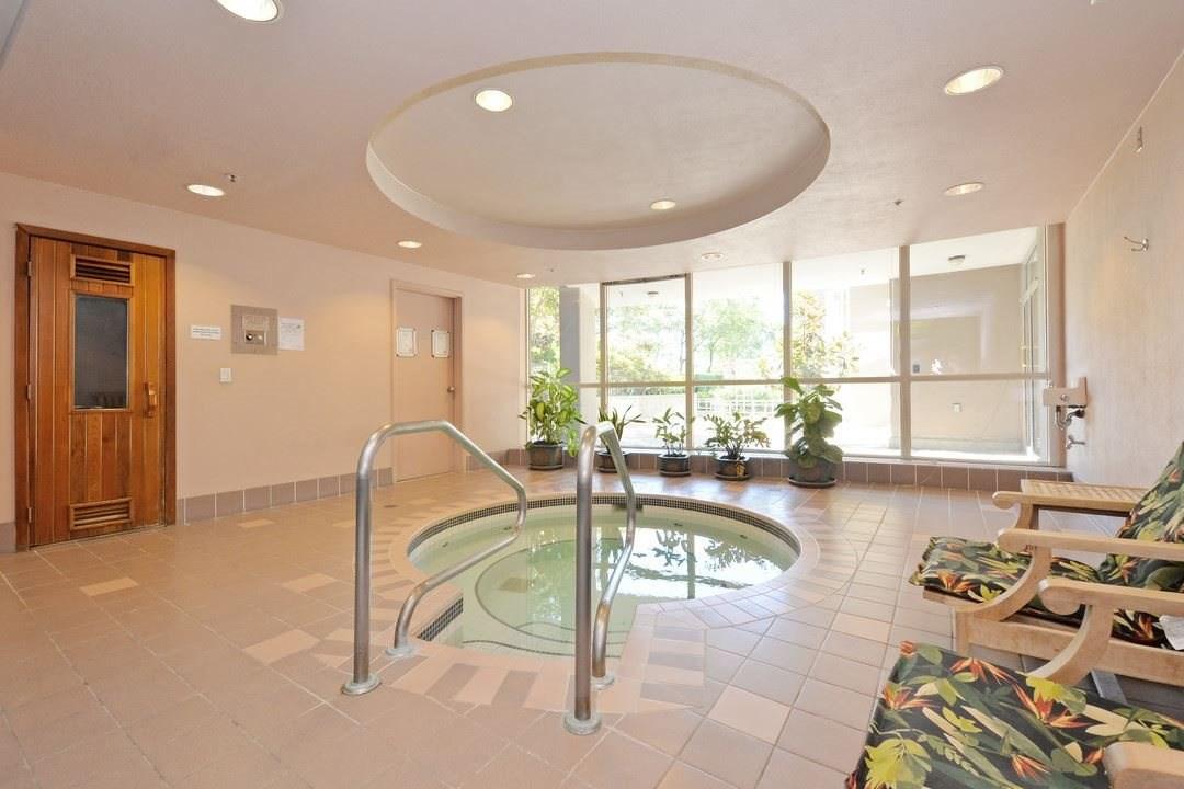 Condo Apartment at 1305 388 DRAKE STREET, Unit 1305, Vancouver West, British Columbia. Image 17