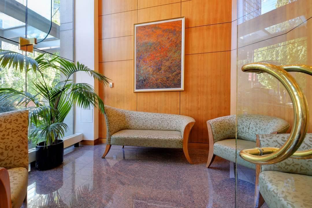 Condo Apartment at 1305 388 DRAKE STREET, Unit 1305, Vancouver West, British Columbia. Image 19