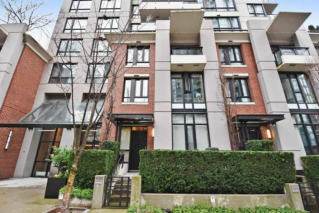 Townhouse at 930 HOMER STREET, Vancouver West, British Columbia. Image 1