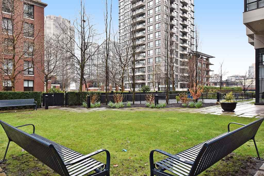 Townhouse at 930 HOMER STREET, Vancouver West, British Columbia. Image 20