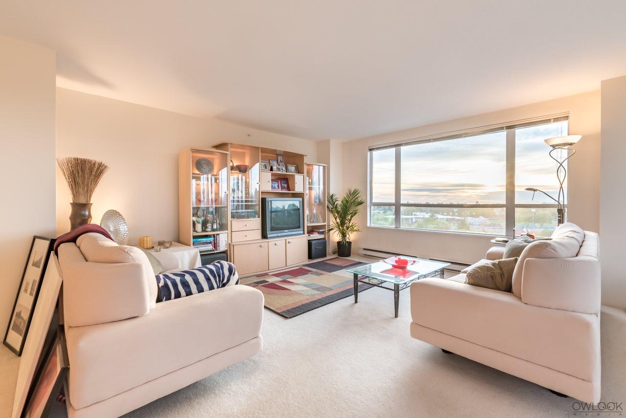 Condo Apartment at 1101 7760 GRANVILLE AVENUE, Unit 1101, Richmond, British Columbia. Image 9