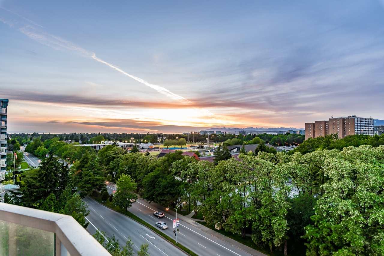Condo Apartment at 1101 7760 GRANVILLE AVENUE, Unit 1101, Richmond, British Columbia. Image 19