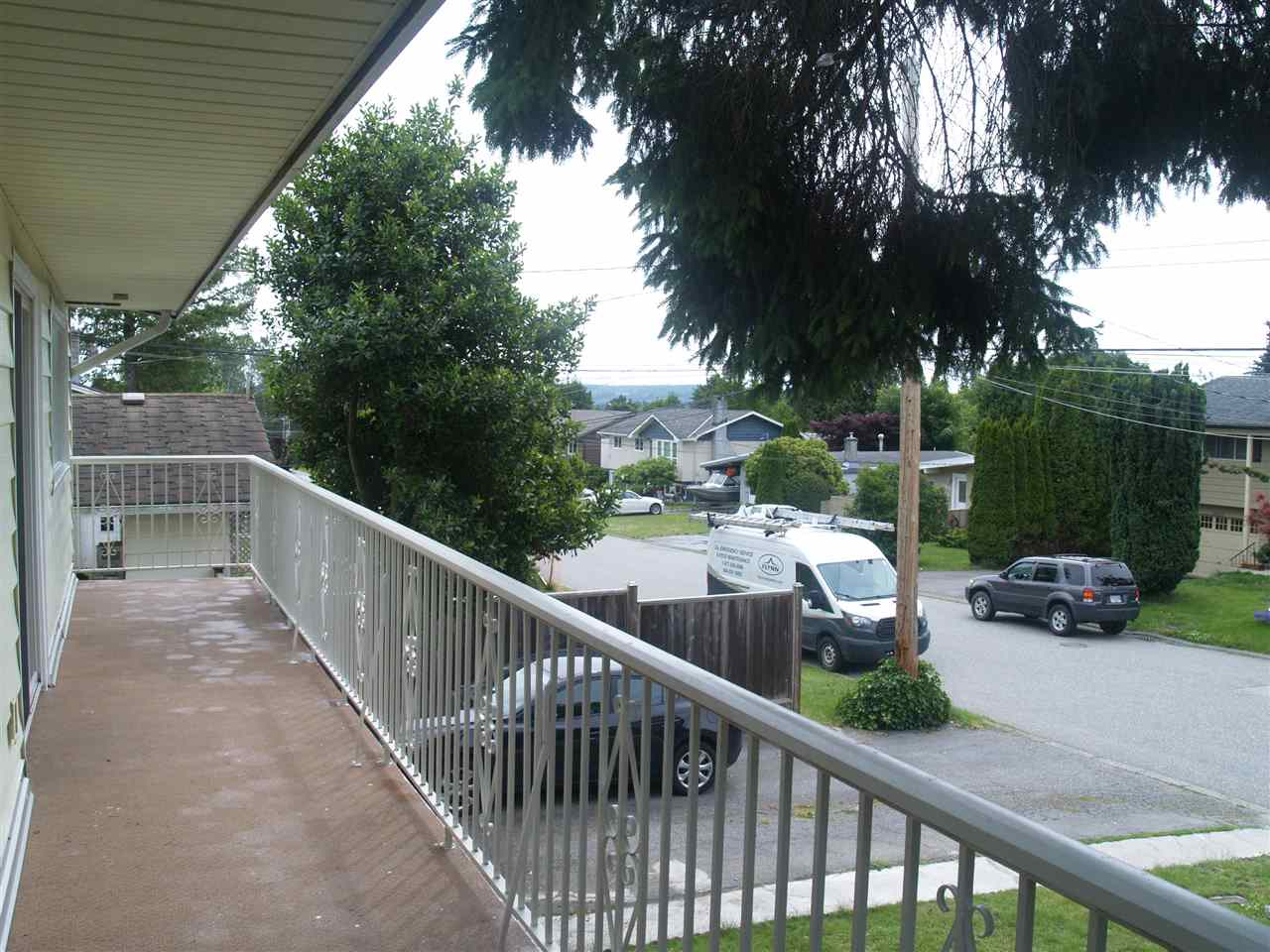 Detached at 15837 GOGGS AVENUE, South Surrey White Rock, British Columbia. Image 20