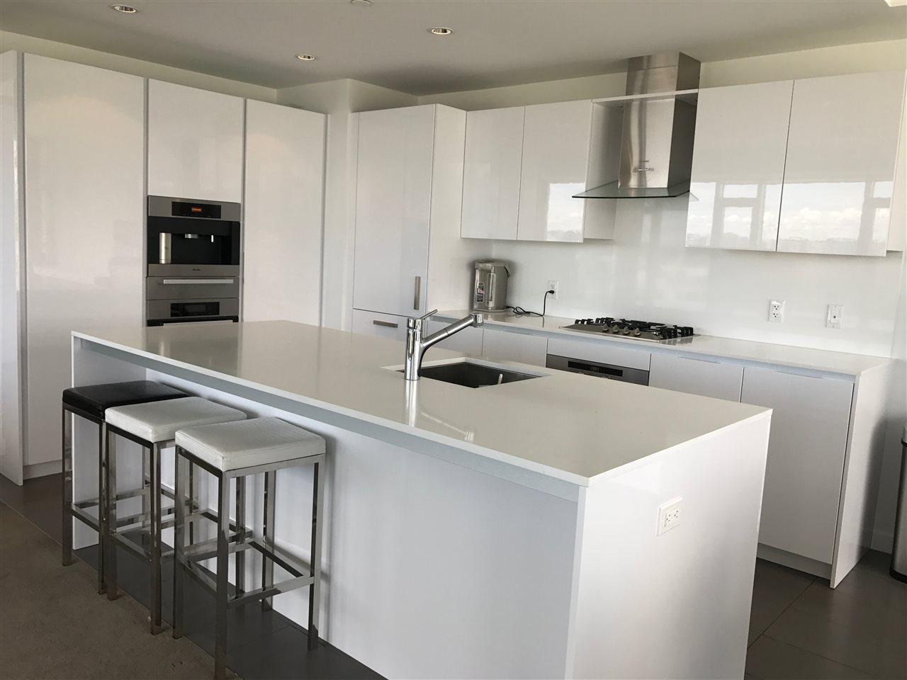 Condo Apartment at 1202 5111 BRIGHOUSE WAY, Unit 1202, Richmond, British Columbia. Image 5