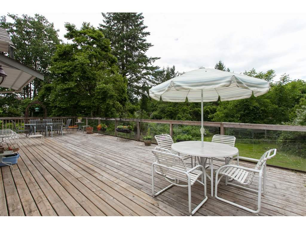 Detached at 46015 LEWIS AVENUE, Chilliwack, British Columbia. Image 15