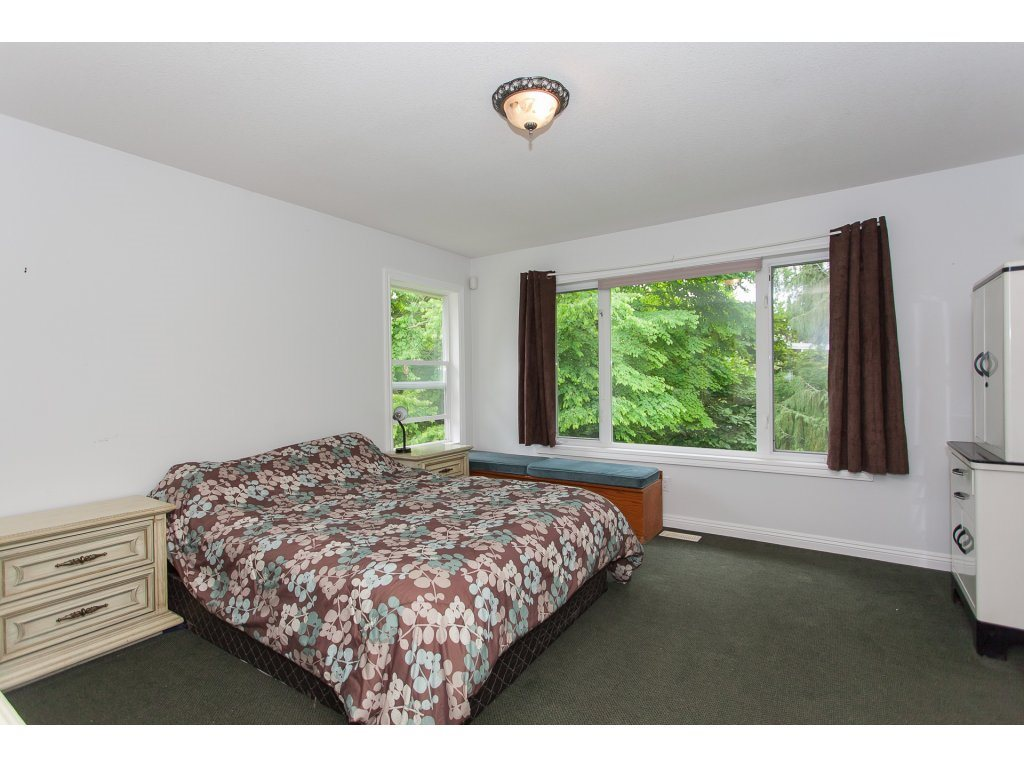Detached at 46015 LEWIS AVENUE, Chilliwack, British Columbia. Image 17