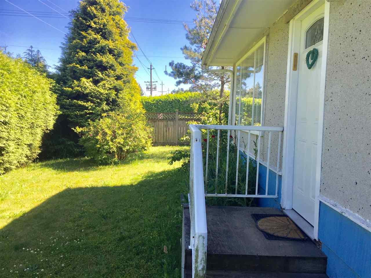 Detached at 1765 156 STREET, South Surrey White Rock, British Columbia. Image 1