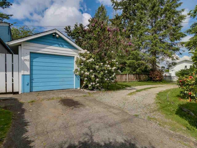 Detached at 1765 156 STREET, South Surrey White Rock, British Columbia. Image 18