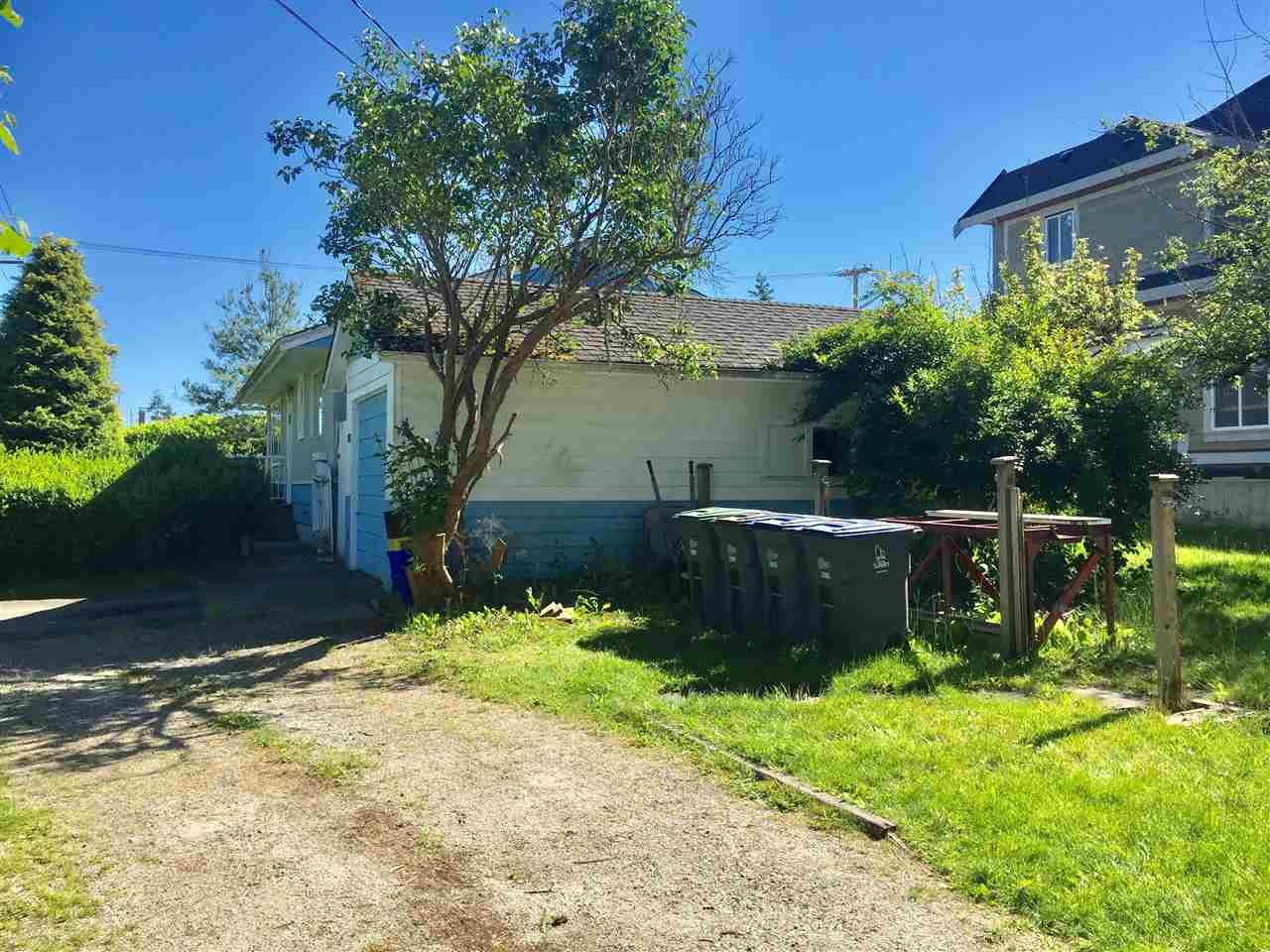 Detached at 1765 156 STREET, South Surrey White Rock, British Columbia. Image 19