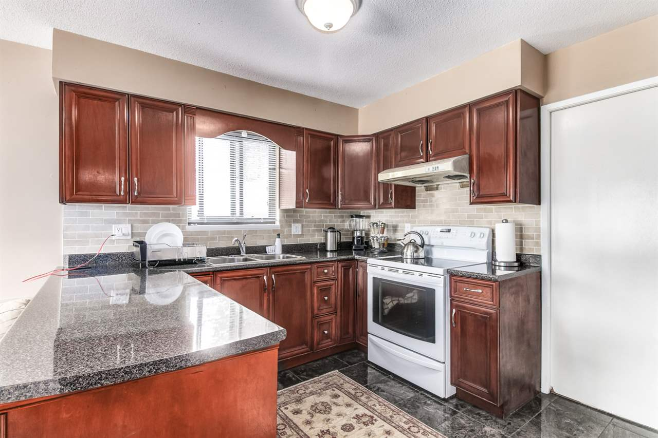 Detached at 4918 HARDWICK STREET, Burnaby South, British Columbia. Image 6