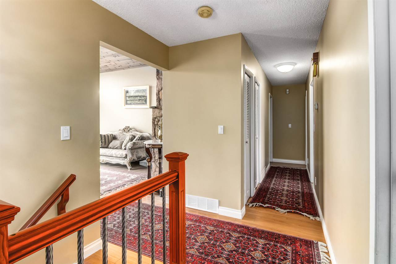 Detached at 4918 HARDWICK STREET, Burnaby South, British Columbia. Image 8
