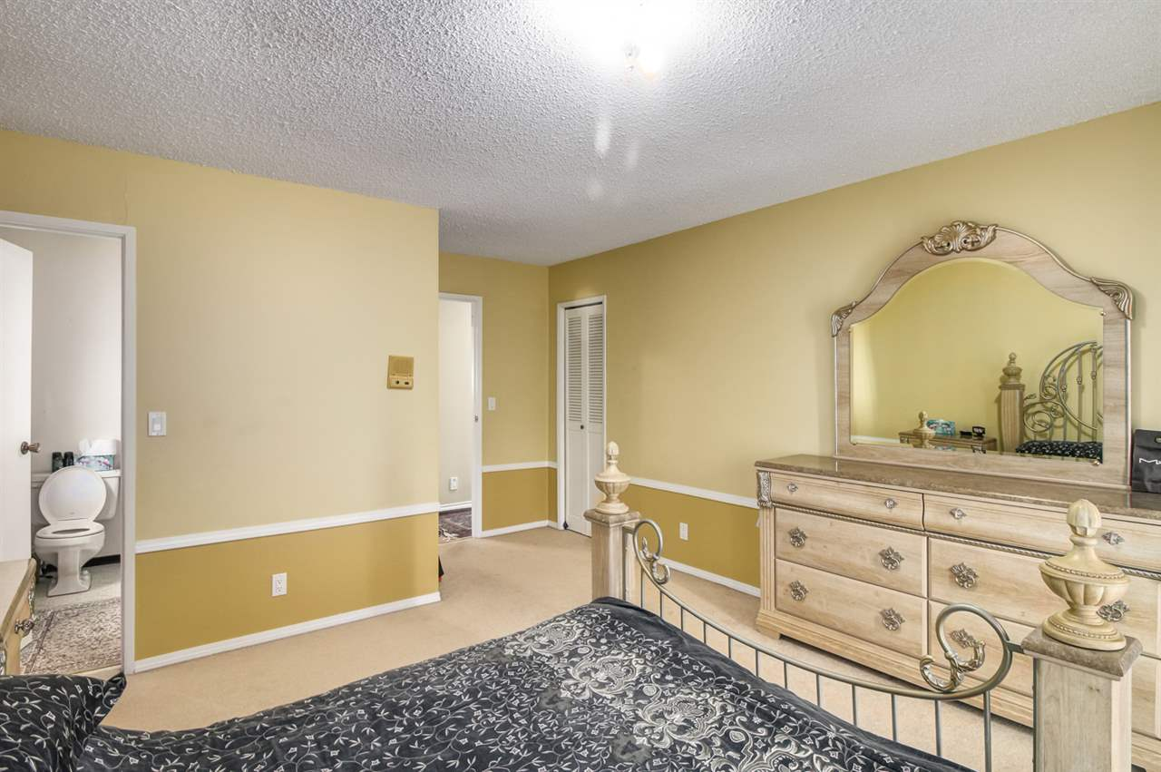 Detached at 4918 HARDWICK STREET, Burnaby South, British Columbia. Image 10