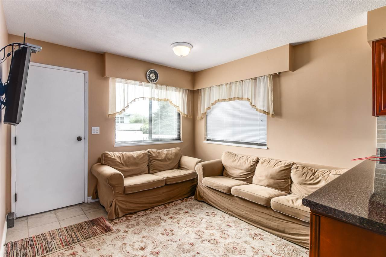 Detached at 4918 HARDWICK STREET, Burnaby South, British Columbia. Image 13
