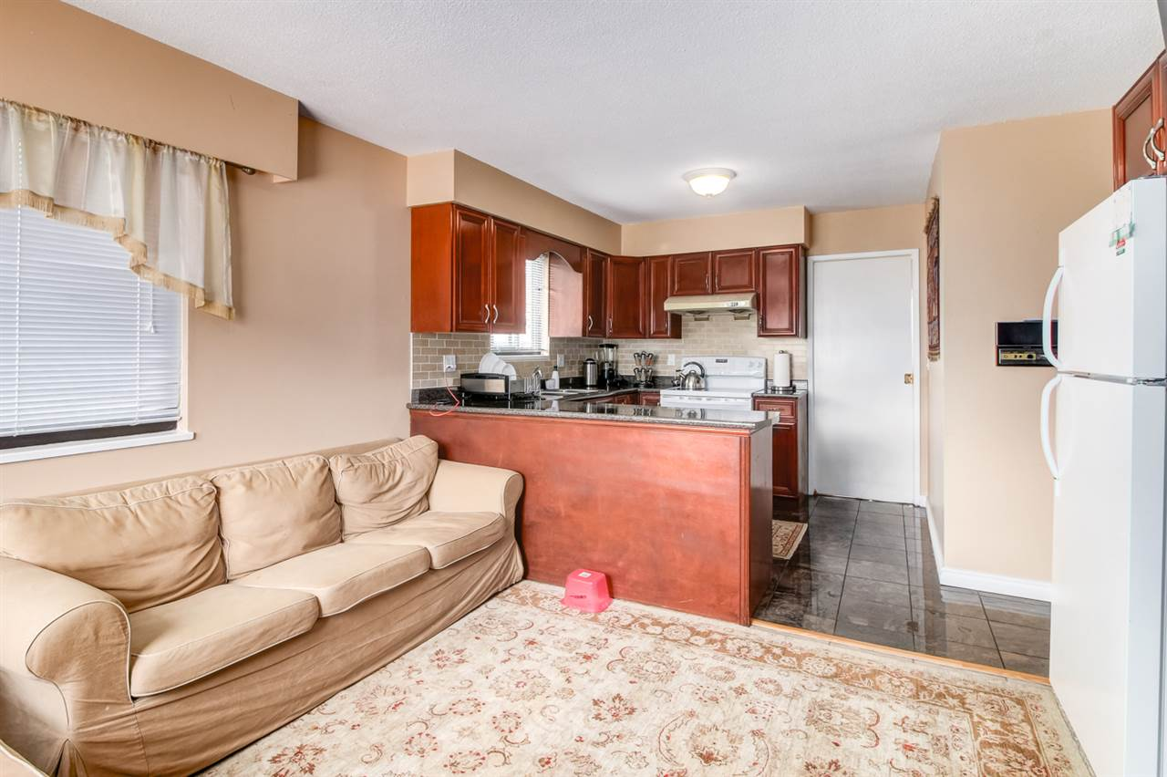 Detached at 4918 HARDWICK STREET, Burnaby South, British Columbia. Image 14